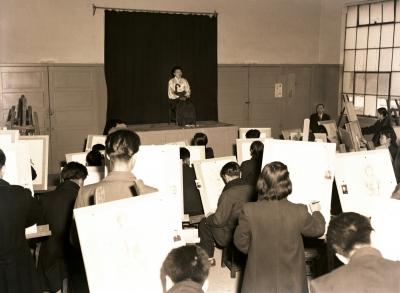 입학 시험 중 실기시험 장면 1956년 3월